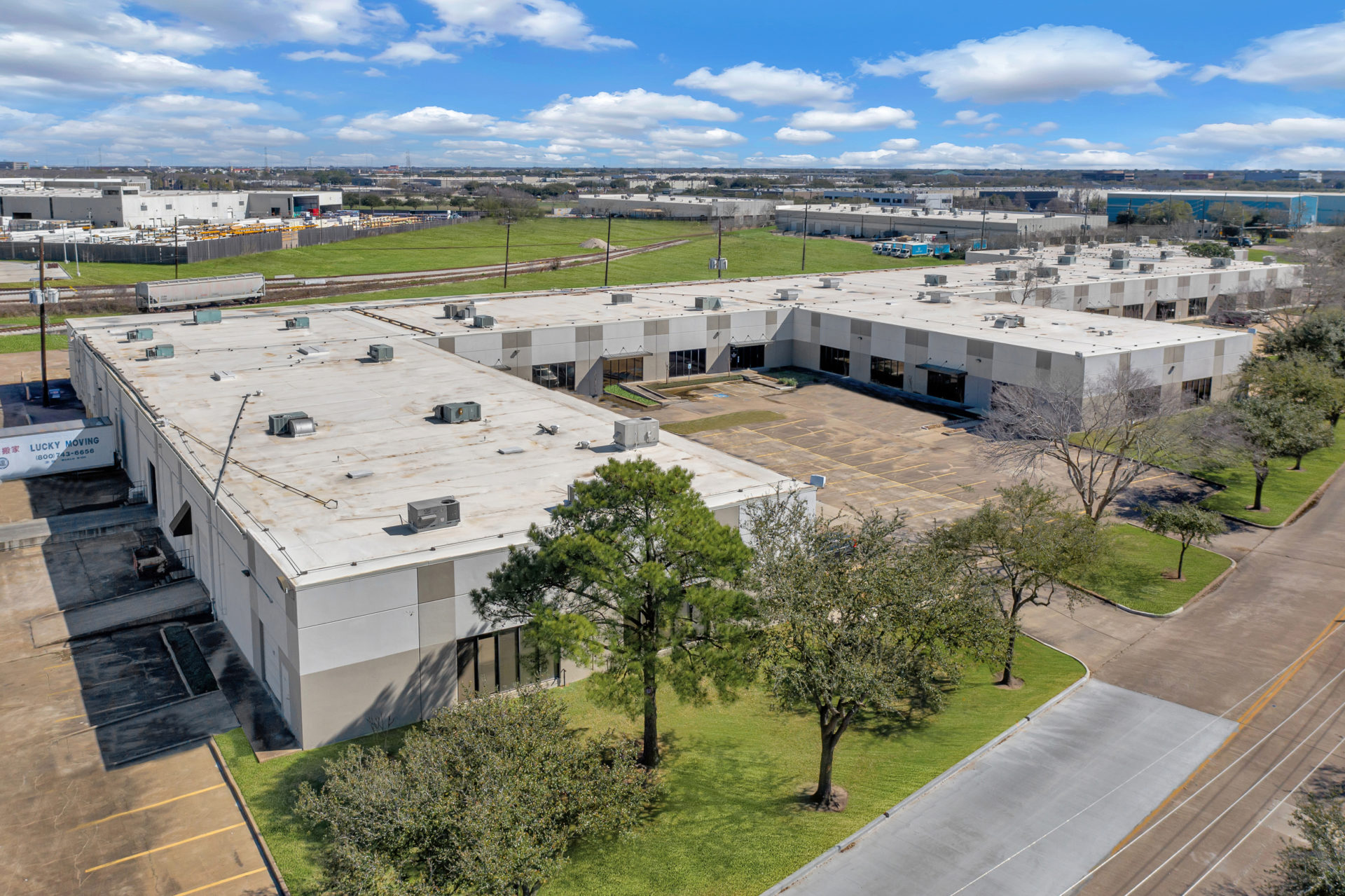 Aerial view of 700 Industrial Boulevard, an industrial property owned by Fort Capital and located in Sugar Land, TX